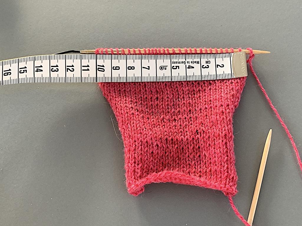 Strikkeprøve: Sådan tjekker du din strikkefasthed