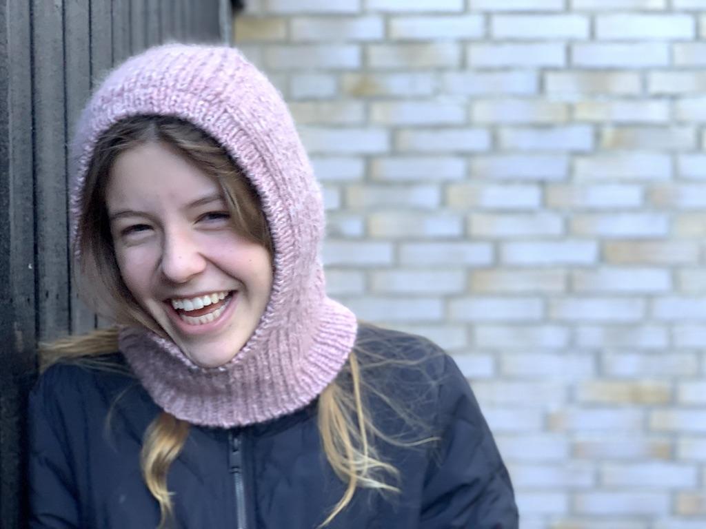 Bettys Balaclava - strikkeopskrift på balaclava til voksne