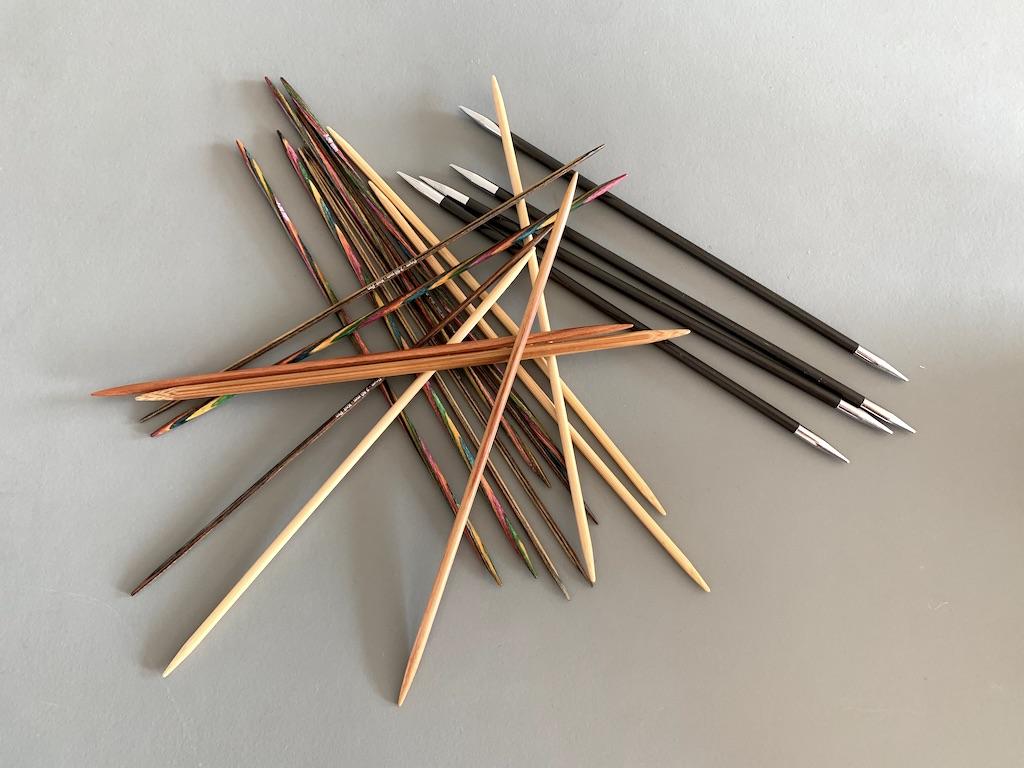Strømpepinde - hvad er det for nogle strikkepinde?